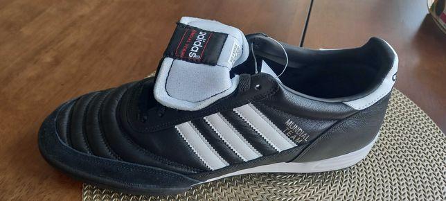 Adidas сороконожки