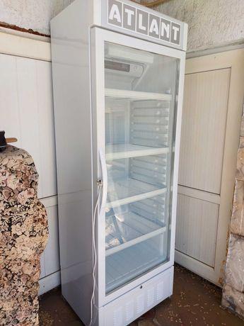 Холодильник 170000 тг .