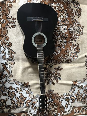 Гитара + чехол. Новая