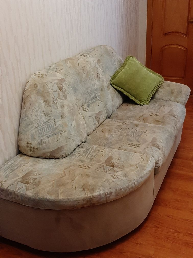 Продам расскладной диван