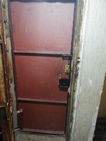 бу железная дверь