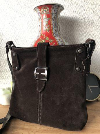 Кожена дамска чанта 26х23х4,5см,подарък кожено портмоне