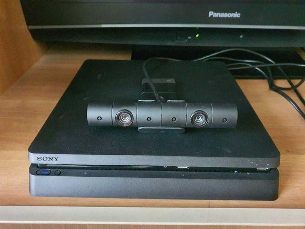 Ps4 slim 500GB + jocuri + incarcator controllere+controllere + camera