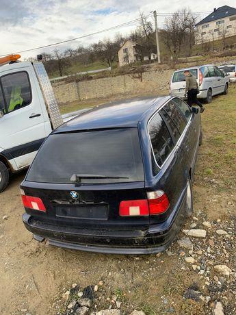 Dezmembrez BMW 530 cutie manuala an 2000 Dezmembrez Chrysler voyager