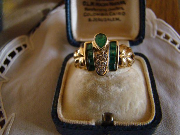 Bijuterie de familie-Elegant -Inel aur14kt-cu smaralde si briliante