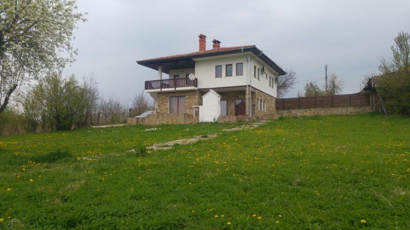 Уникално предложение за Вашата луксозна почивка на село !!! с. Къпиново - image 1