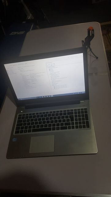 Asus i5 hdd 1T ram 8 touchscreen