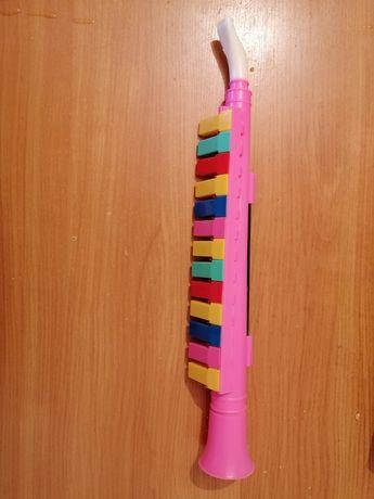 Продам детскую флейту