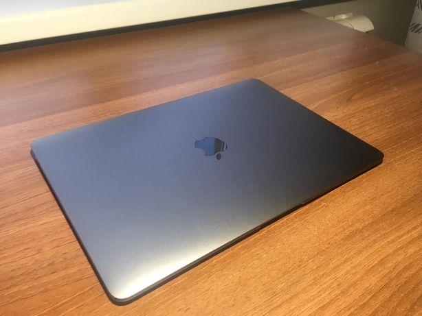 MacBook Air 2018, (Retina, 13.3 дюймовый) в отличном состоянии