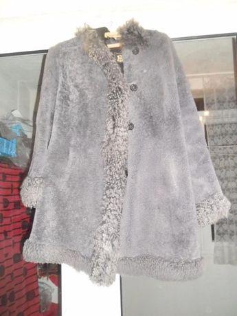 Дамско палто от агнешка кожа-мерлушка