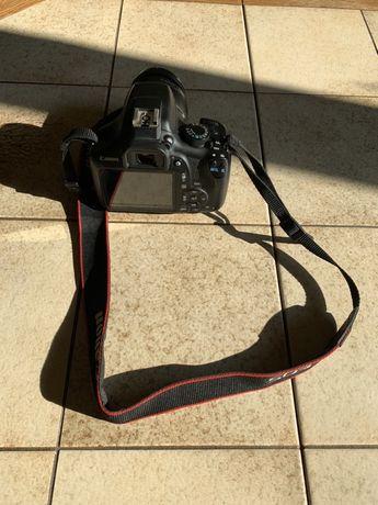 Vând DSLR Canon 1300D