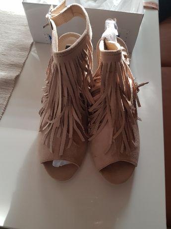 Дамски обувки -номер 38