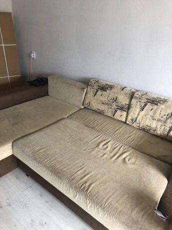 диван большой бежеввй