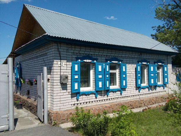 Продам большой дом в р-не 1 микрорайона