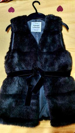 Vestă blanita Zara ,mărimea 140