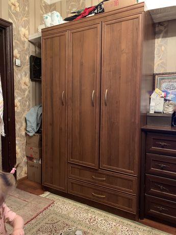 Шкаф (без торга)