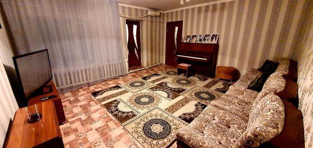 Продается 3 комнатная квартира.