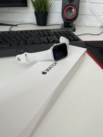 Apple Watch SE 44mm Silver