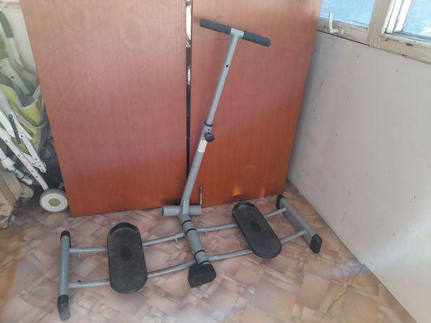 Тренажер для ног, бедер и ягодиц Belberg Leg Magic BE-30