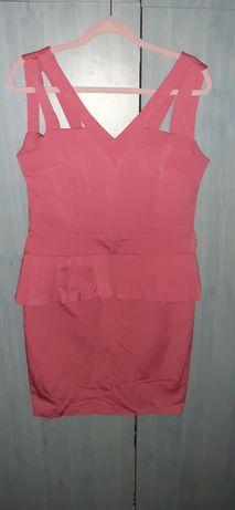 Vand rochie roz cu curea