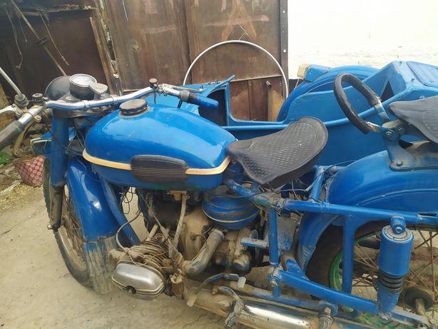 Урал,мотоцикл 250000 тг