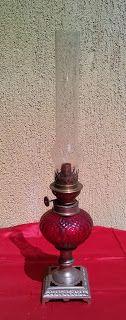 lampa pe gaz sticla rosu