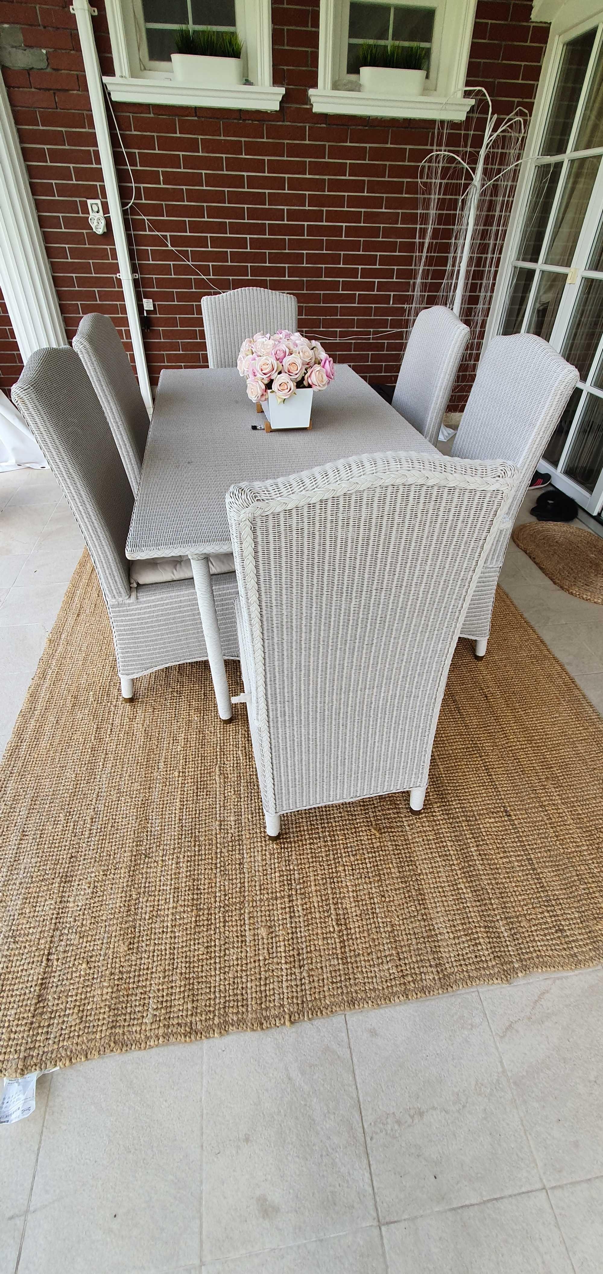 Комплект градинска маса и 6 стола от естествен ратан