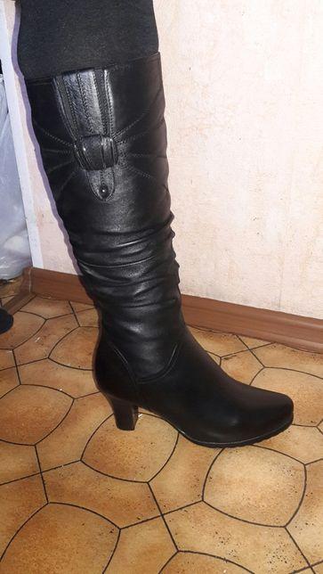Зимние кожаные сапоги новые