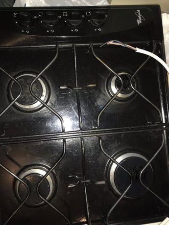 Электрическая плита в хорошем состоянии