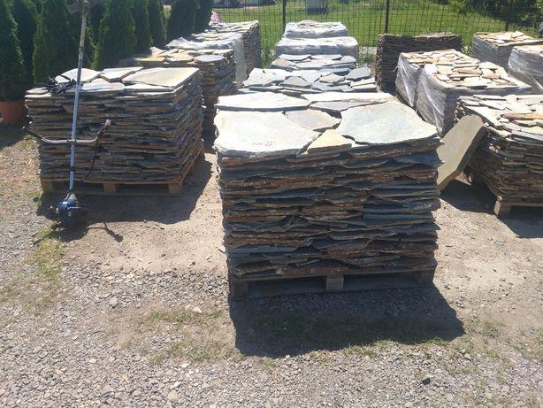 Plecăm piatră poligonala si vindem