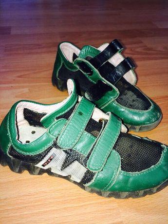 Обувь 3в одном для мальчика разм 30