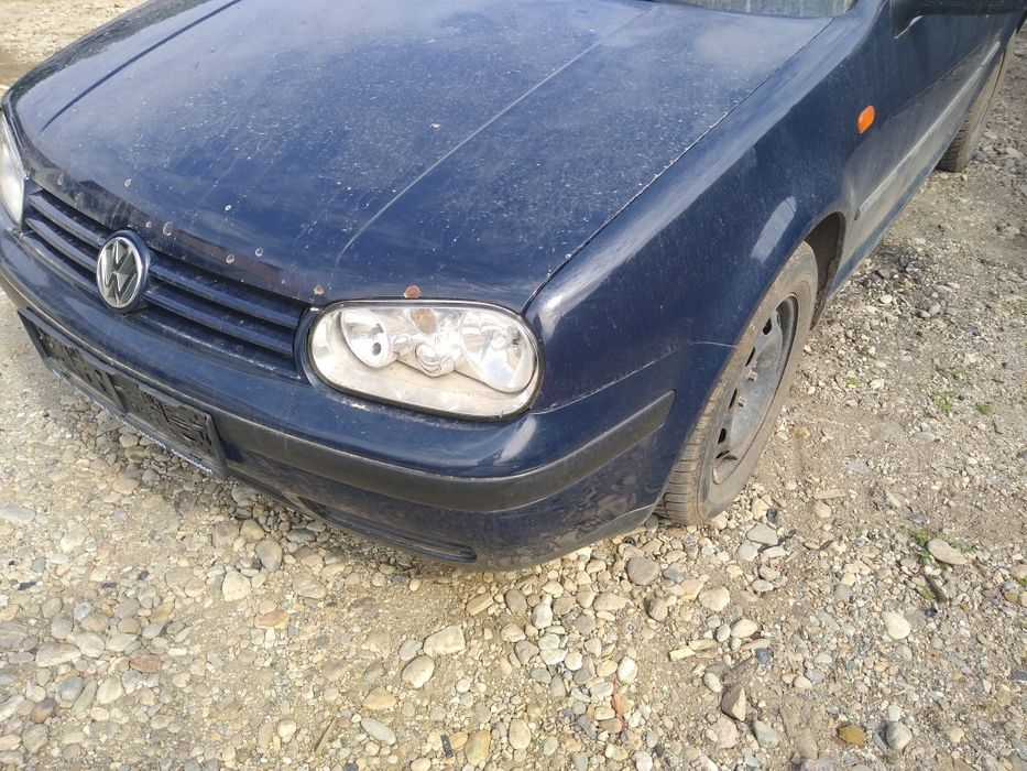 Dezmembrez Golf 4 1.9 Sdi 1999 Ticleni - imagine 1