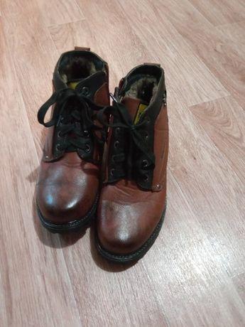 Продаю ботинки новые зимние