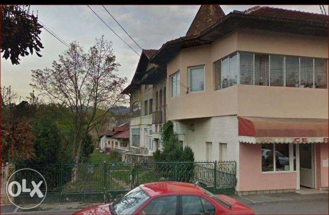 Apartament pretabil spațiu comercial, Breaza, Republicii 60