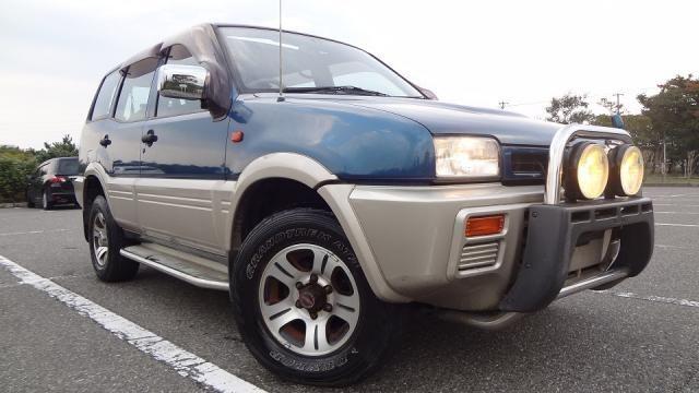 Автозапчасти Nissan Mistral