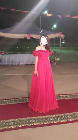 Платье вечернее для девушек.