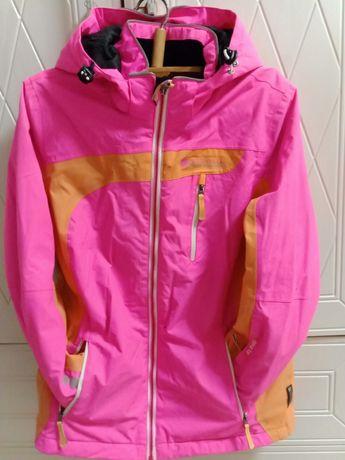 Куртка на девочку 9-10лет