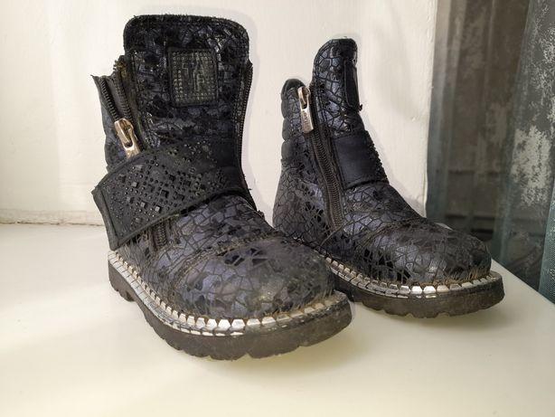 Детские ботинки от Tflyne
