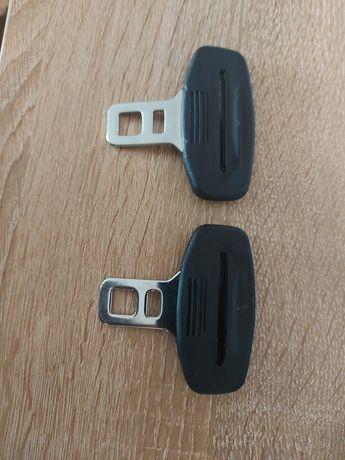 Dispozitiv de anulare alerta pentru centura de siguranta auto