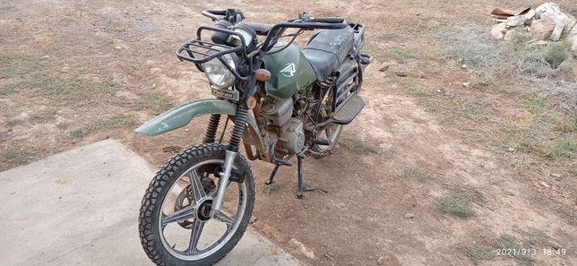 Мотоцикл Партизан 150 куб