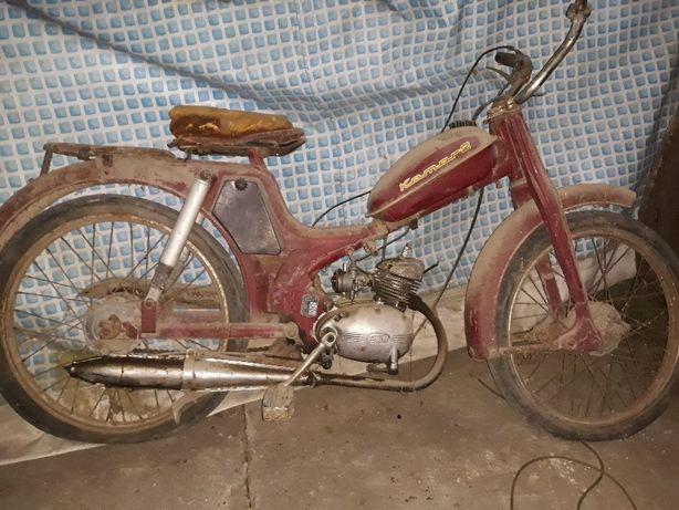 Motoreta Kamaz.