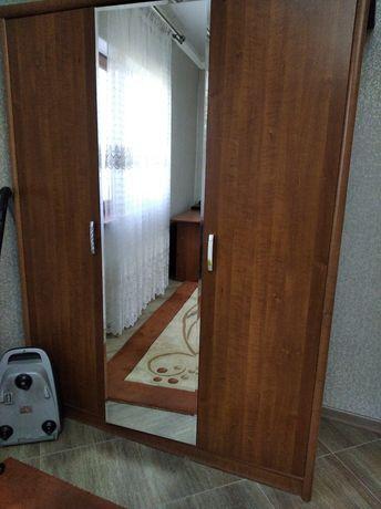 Шкаф в хорошем состоянии. мебель