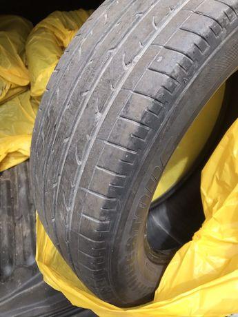 Продавам гуми 235/60/18 за джип летни