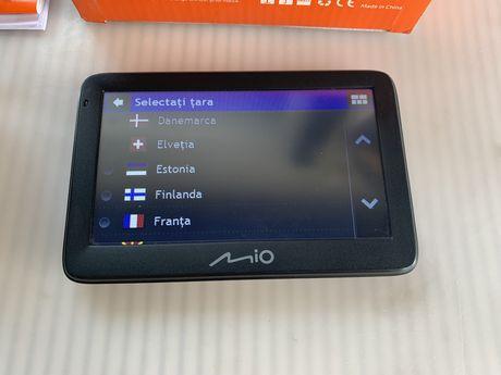 Vand GPS pentru masina Mio cu 45 tari instalate