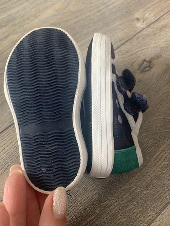 Обувки майорал