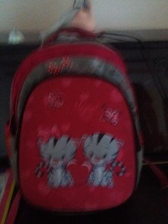 рюкзак школьный новый очень удобный для девочек