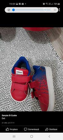 Adidas 20 / superstar