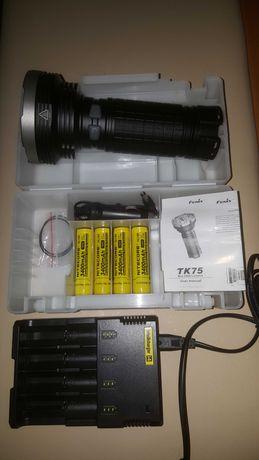 Lanterna Fenix TK75 + incarcator baterii Intellicharger i4