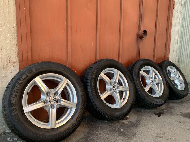 Roti jante VW Tiguan Audi q3 215 65 16 Pirelli iarna 6 mm