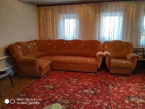 Продам угловой диван трансформер